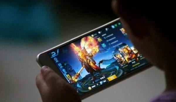 Mobile gaming a rage in the UAE!!