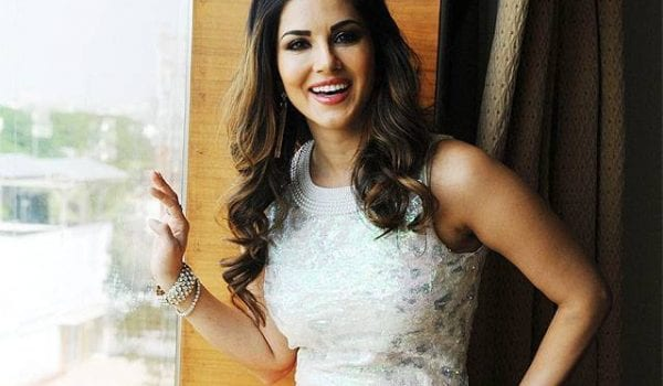 Sunny Leone to make her Mollywood acting debut with 'Rangeela'