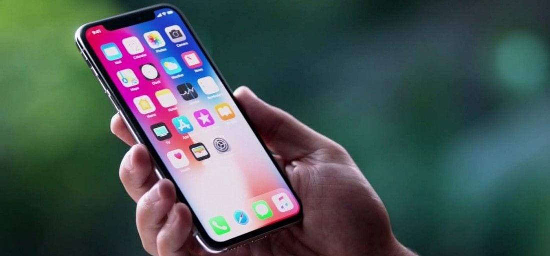 apple-to-launch-3-iphones-in-2018-1400x653-1510746231_1100x513